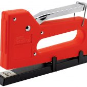 Staple Gun/Tacker Complete with 100 Staples